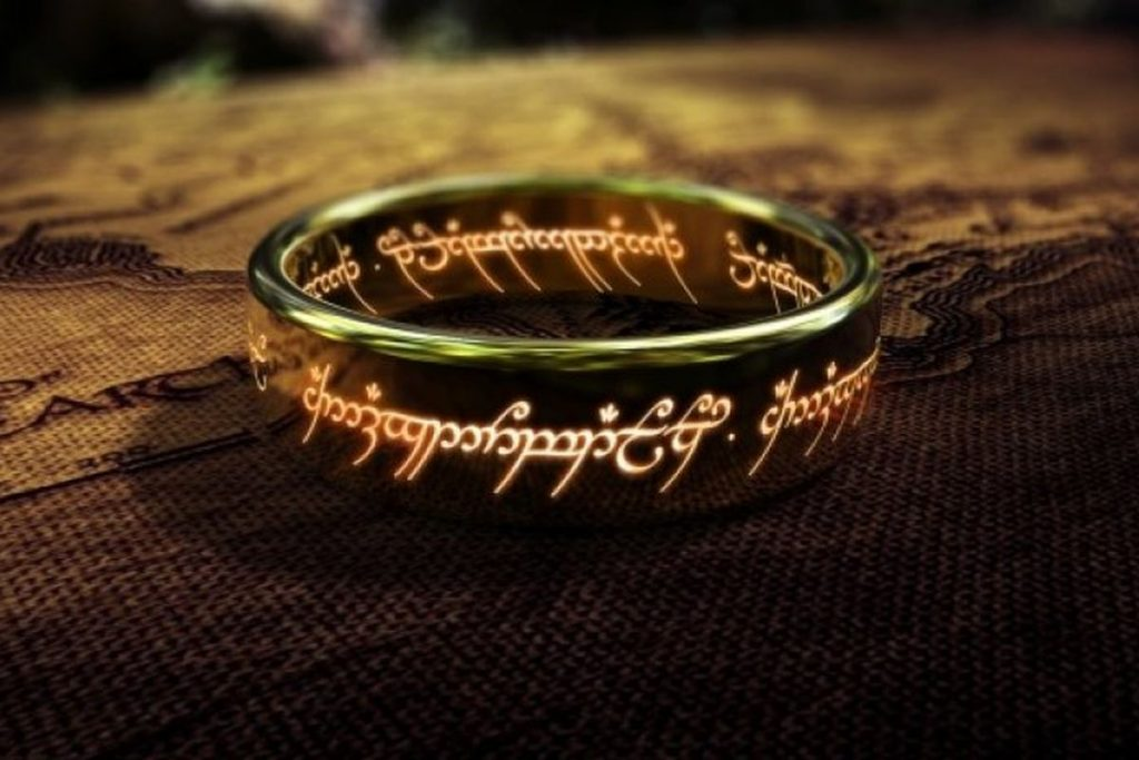 Watch all the Lord of the Rings Movies in Chronological Order